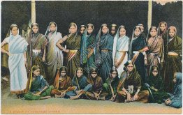 Group of Canarese (Kannada / Kanarese) Women, India - Early 1900's Postcard
